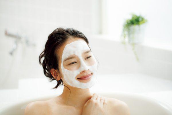 油断大敵、入浴後の肌は むしろ乾燥するのです。
